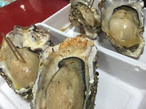 宮島の生牡蠣の大きさに驚いた広島での買取を強化