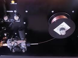 半自動溶接機 ワイヤーの不良