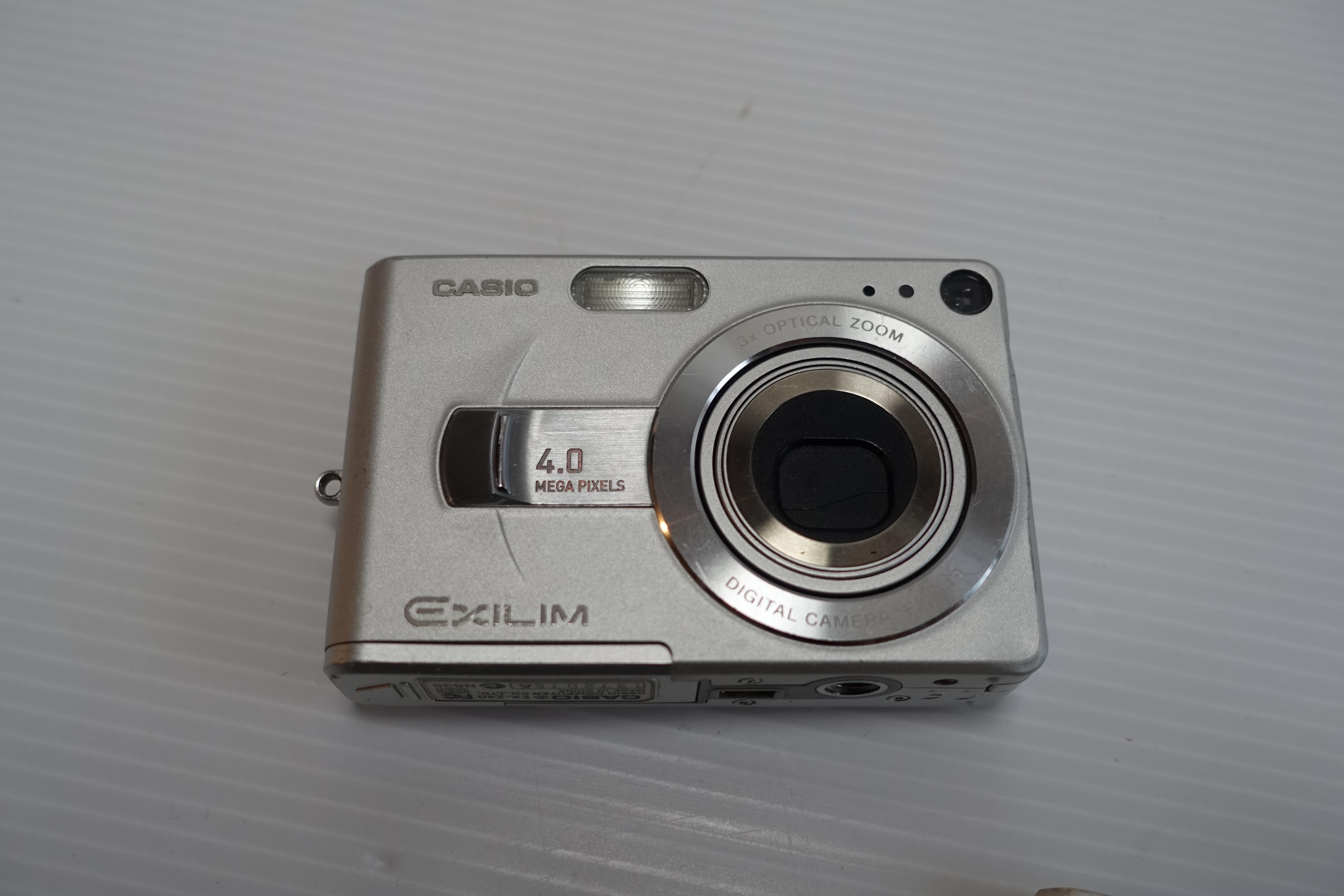 カメラ 本体