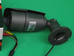 暗視カメラ