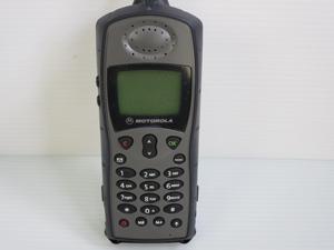 衛星携帯電話 メーカー