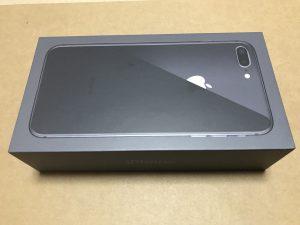iPhone 8 Plus 元箱