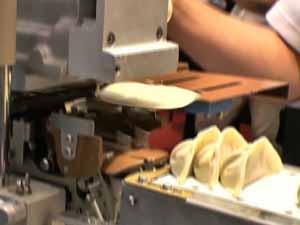 餃子製造機 成形