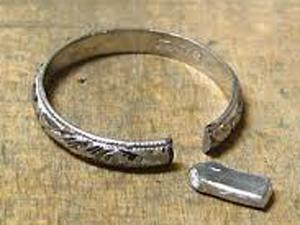 結婚指輪 変形