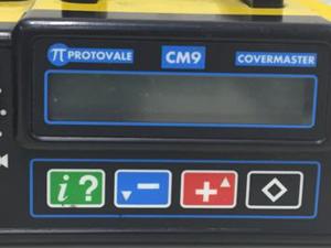 鉄筋探査機 プロフォメーター ボタン操作