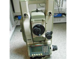 ニコン製の測量機器