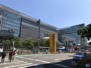 活気に溢れた福岡市中心部