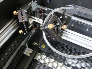 SMART DIYs レーザー加工機 FABOOL センサー