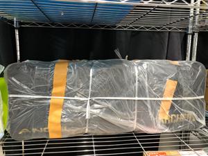 荷物 ビニール袋で包む