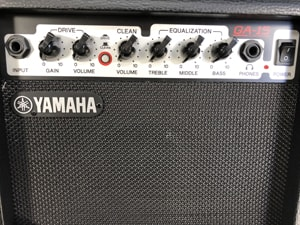 ギターアンプ 操作部分