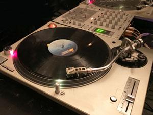 DJ 機材 高価買取のポイント