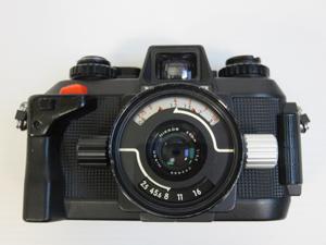 Nikon 水中カメラ