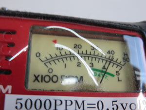 測定器 使用に伴う 若干の擦り傷